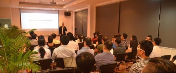 Till Carlos giving a talk in Saigon